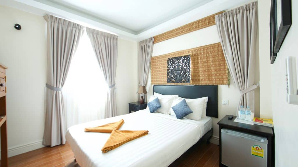 Superior Double Room - Naga Angkor Hostel